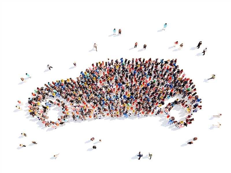 RC Auto contraffatte, tre siti dove l'intermediazione è irregolare