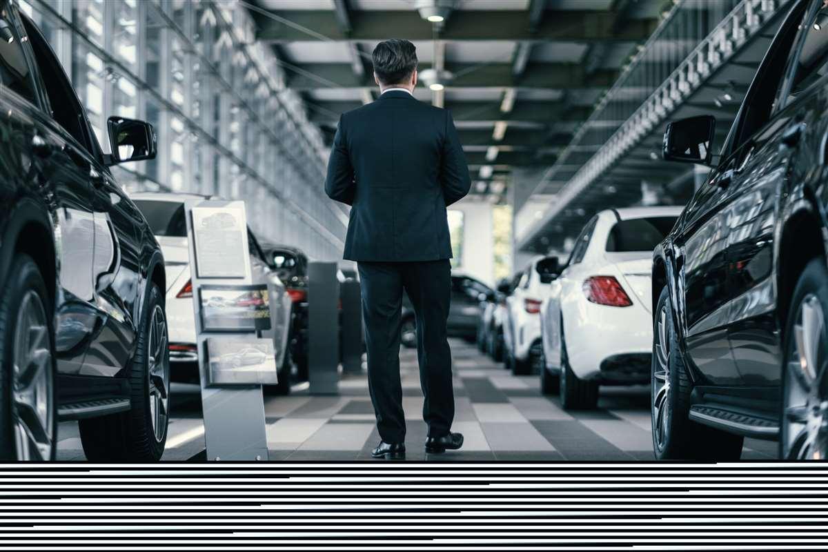 Il mercato dell'auto tenta il recupero, ma le regioni procedono a passo diverso