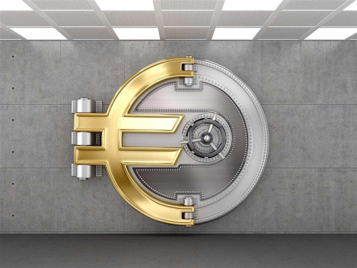 Mercati: l'Italia con Draghi avrà più peso in Europa