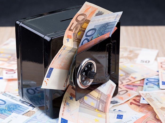Il giusto mix tra investimenti e liquidità