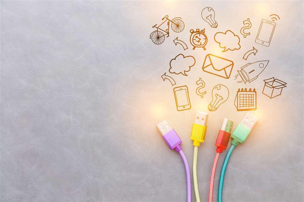cavi internet per connettersi e icone attività
