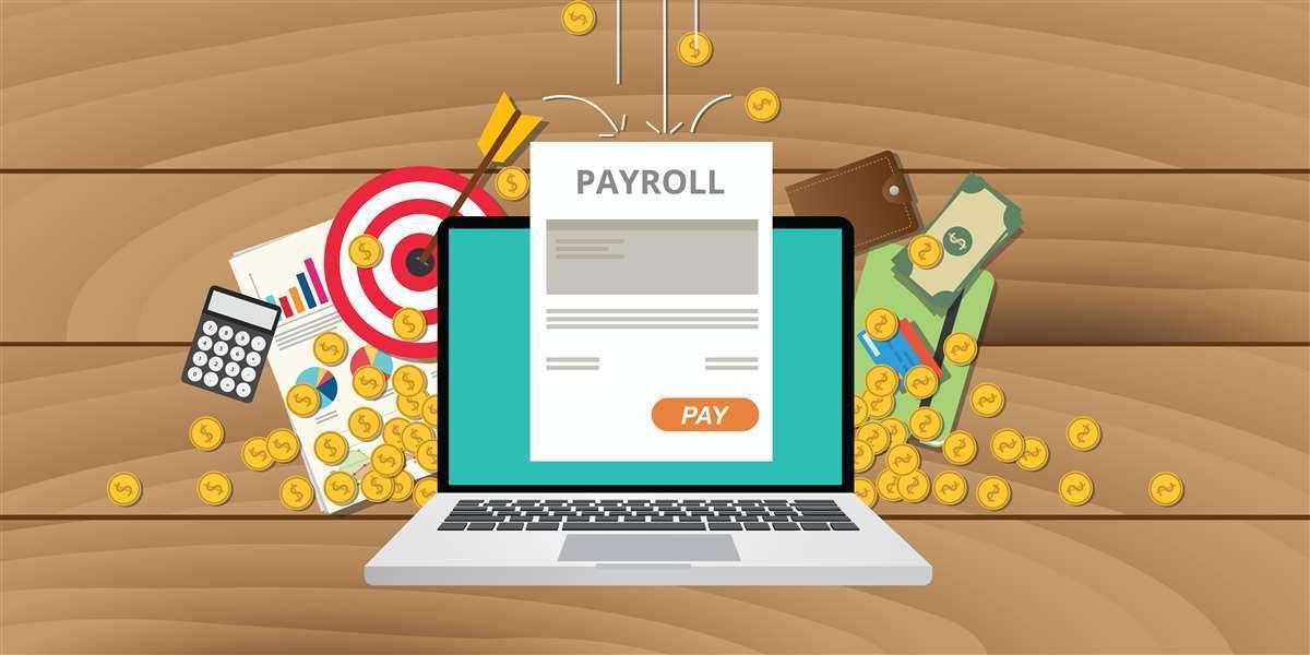 immagine con laptop da cui esce documento di payroll e monete e documenti vari