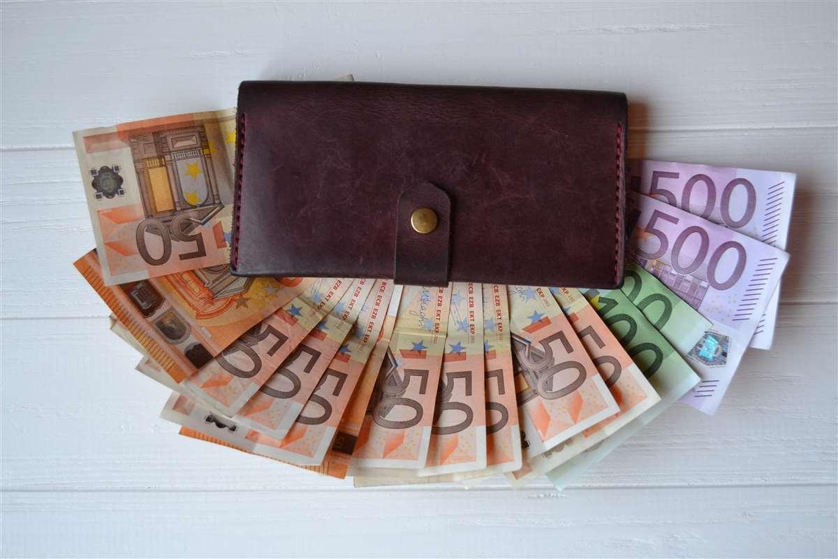 Scatta il primo limite ai pagamenti in contanti